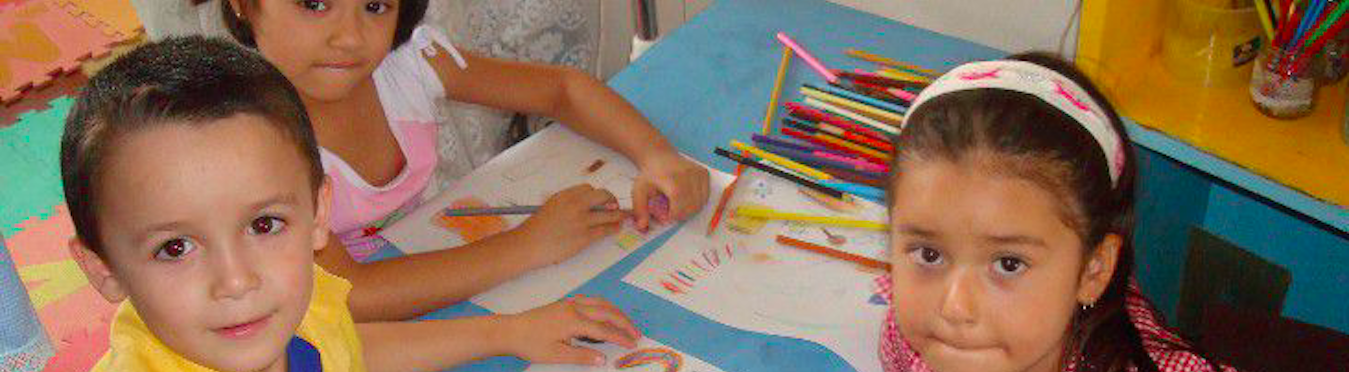 Arts and English Education in Coastal Costa Rica